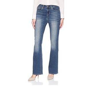 Signature Levi Strauss  Bootcut Jeans 26 S plus